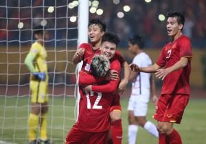 Đội tuyển Việt Nam nhận được bao nhiêu tiền thưởng khi vào chung kết AFF Cup sau 10 năm?