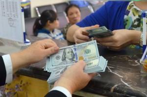 Tỉ giá USD/VNĐ tăng tiếp, chạm mốc cao nhất từ đầu năm