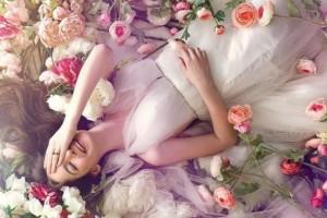 9 điều đặc biệt ở phụ nữ khiến đàn ông yêu đến mê mệt, si mê hết đời chẳng muốn rời