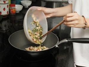 Bữa tối quyết định tuổi thọ? Chuyên gia dinh dưỡng: Bữa tối lành mạnh, không thể phạm bốn sai lầm