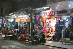 Các shop thời trang ồ ạt giảm giá sốc đón Tết