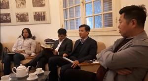 Nghệ sĩ Hãng phim truyện Việt Nam bị cắt chế độ vì không chịu chấm công vân tay
