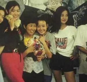 Nhìn lại tấm ảnh ngày Triệu Vy 20 tuổi, chẳng trách Huỳnh Hiểu Minh từng tương tư cô ấy suốt 10 năm