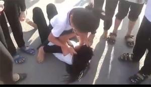 """Phụ huynh bất an, học sinh sợ hãi vì bị """"bắt nạt trực tuyến"""""""