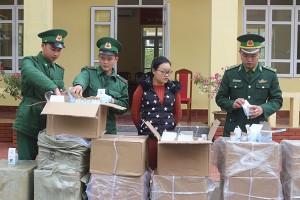 Quảng Ninh: Đối tượng vận chuyển hơn 2.000 lọ kem dưỡng da nhập lậu từ Trung Quốc