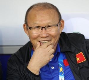 """Thầy Park chỉ ra """"tuyệt chiêu"""" để ĐT Việt Nam """"điểm huyệt """"Nhật Bản"""