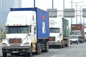 Xe container cần khoảng cách bao xa để có thể phanh an toàn?
