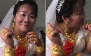 Cô dâu gây sốt vì đeo vàng trĩu cổ, nhìn sang nhan sắc chú rể ai cũng phải giật mình