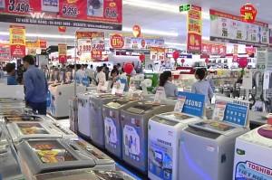 Siêu thị điện máy xả hàng, giảm giá mạnh vẫn vắng khách