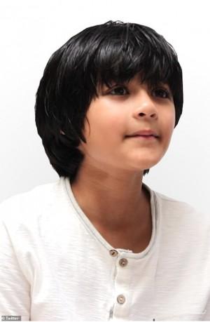 Thần đồng toán học 9 tuổi đang theo học hai bằng cử nhân