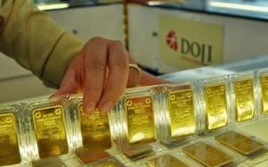 Giá vàng hôm nay 12/3: USD hồi phục, vàng giảm nhẹ