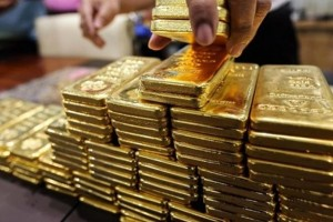 Giá vàng hôm nay 14/3: Vàng tăng vọt lên đỉnh 2 tuần