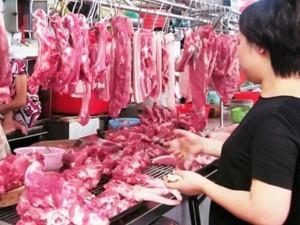 Nhiều tiểu thương ngưng bán thịt heo vì sức mua giảm