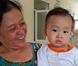 Bé 2 tuổi sốc phản vệ, ngừng thở sau tiêm kháng sinh trị viêm phế quản cấp