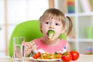Cách ăn uống giúp trẻ