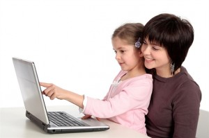 Cách bảo vệ an toàn cho con khi trẻ sử dụng Internet