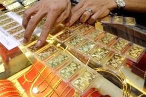 Giá vàng hôm nay 21/5: Vàng giảm do đồng USD tăng mạnh
