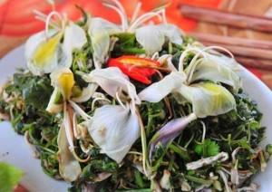 Ngã ngửa loài hoa nổi tiếng Việt Nam: Chiên giòn, xào thịt bò nhậu vui