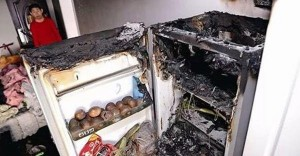 Hàng loạt vụ tủ lạnh Hitachi phát nổ: Hé lộ từ chuyên gia