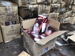 Phát hiện 8.000 que kem nhập lậu ở Lào Cai