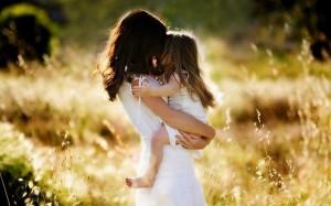 Tâm sự mẹ đơn thân: Bạn không hạnh phúc thì làm sao con bạn hạnh phúc
