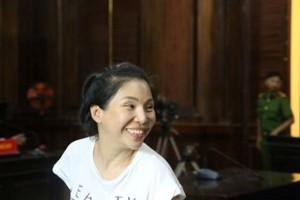 Vợ cũ của bác sĩ Chiêm Quốc Thái lĩnh án 18 tháng tù
