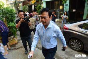 Vụ Nguyễn Hữu Linh dâm ô: Tòa được trả hồ sơ mấy lần?