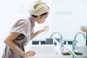 Thận trọng khi dùng thuốc súc họng chứa iod