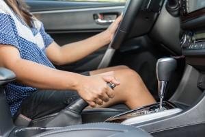 Thói quen xấu khi lái xe của phụ nữ dễ gây ra tai nạn thảm khốc