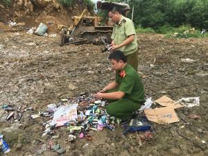 Tiêu hủy gần 1.600 chiếc kem không đảm bảo an toàn vệ sinh thực phẩm