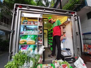 Tranh đua đưa thực phẩm tươi sống đến tận nhà