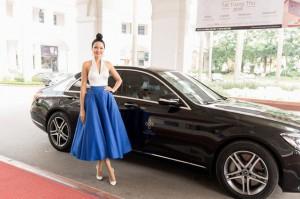 Mỹ nhân Việt không ngại mặc lại đồ cũ nhưng đỉnh cao mix đồ là Hoa hậu này