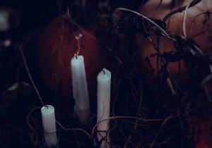 Hết hồn người giúp việc dùng tà thuật với chủ nhà