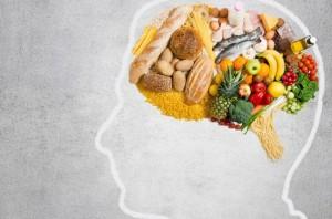 5 thói quen ăn uống càng làm nhiều càng khiến bạn càng kém thông minh, thậm chí teo não