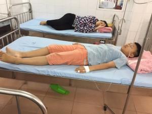4 học sinh Hải Phòng nhập viện sau khi uống sữa có chất lạ