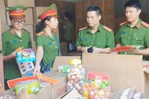 Bánh kẹo Trung Quốc gắn mác Thái, Hàn 'tuồn' vào Việt Nam tiêu thụ