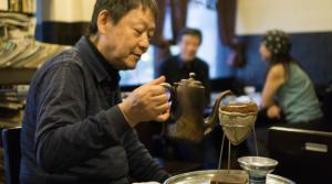 Cốc café siêu đắt, làm từ hạt café ủ trong 22 năm