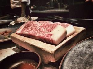 Bò Kobe có thật sự sống như ông hoàng trước khi trên bàn mổ
