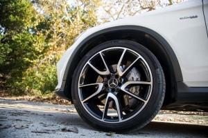 Hiểm họa khó lường nếu sử dụng lốp ô tô không đồng bộ