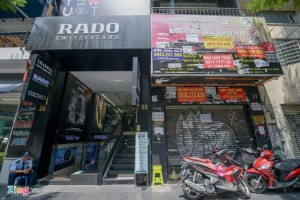 Nhà mặt phố quận Hoàn Kiếm rao bán hơn nửa tỷ đồng/m2, cao hơn quận 1