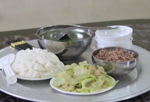 Thiếu dinh dưỡng - lỗ hổng trong bữa ăn bán trú