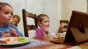 5 nguyên nhân không ngờ khiến trẻ biếng ăn chậm lớn