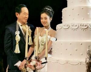 3 đại gia lớn tuổi vung tiền cưới vợ trẻ đáng tuổi cháu bất chấp dư luận đàm tiếu