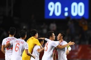 Ảnh: Khoảnh khắc lên ngôi vô địch của các cầu thủ U22 Việt Nam