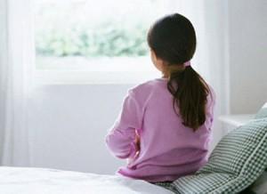 Chuyện khó tin nhưng có thật: Con gái mới 4 tuổi đã bị viêm phụ khoa
