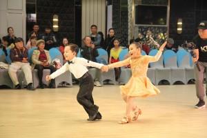 Con trai 4 tuổi của Khánh Thi lập kỳ tích khiêu vũ thể thao thể hiện tố chất con nhà nòi khiến fan kinh ngạc