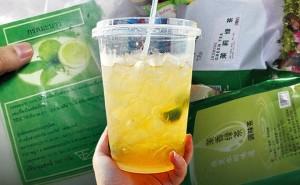 Cốc trà chanh chỉ 10.000 đồng bạn thường hay uống được làm từ đâu, có ngon bổ rẻ như nhiều người vẫn lầm tưởng?