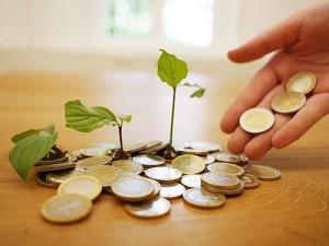 Cách tiết kiệm, giảm nợ và tiêu ít hơn trong năm mới