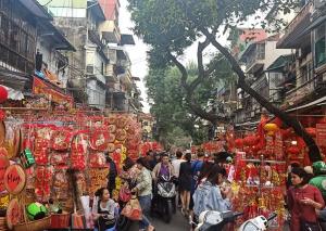 Thị trường đồ trang trí Tết 2020: Hàng made in Việt Nam được ưa chuộng
