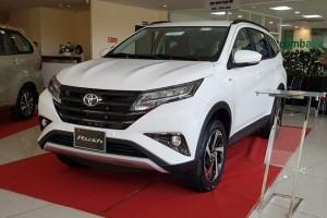 Toyota Rush giảm giá 30 triệu đồng cạnh tranh với Xpander và Ertiga